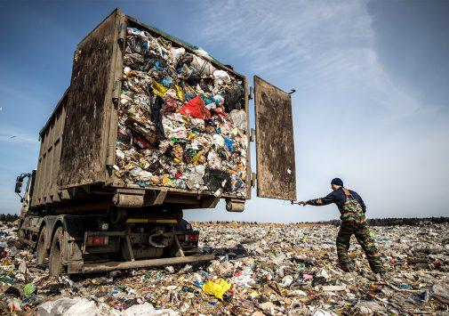 Сжигать нельзя переработать: почему мусорная реформа не спасет Россию от свалок и навредит окружающей среде