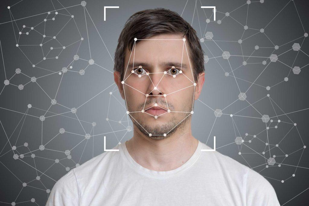 Индия планирует запустить систему распознавания лиц по всей стране. Такую же, как в Китае