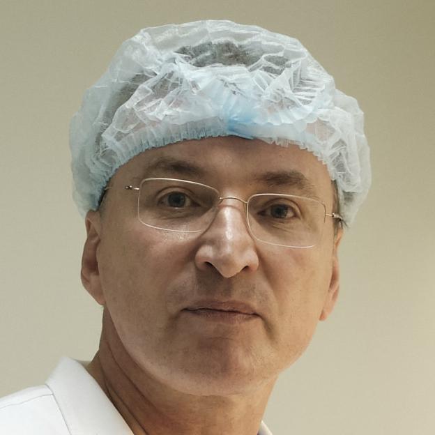 Вадим Зорин, врач-биофизик: «Те, кто говорят, что банки хранения пуповинной крови наживаются на страхах родителей, — умственно отсталые»