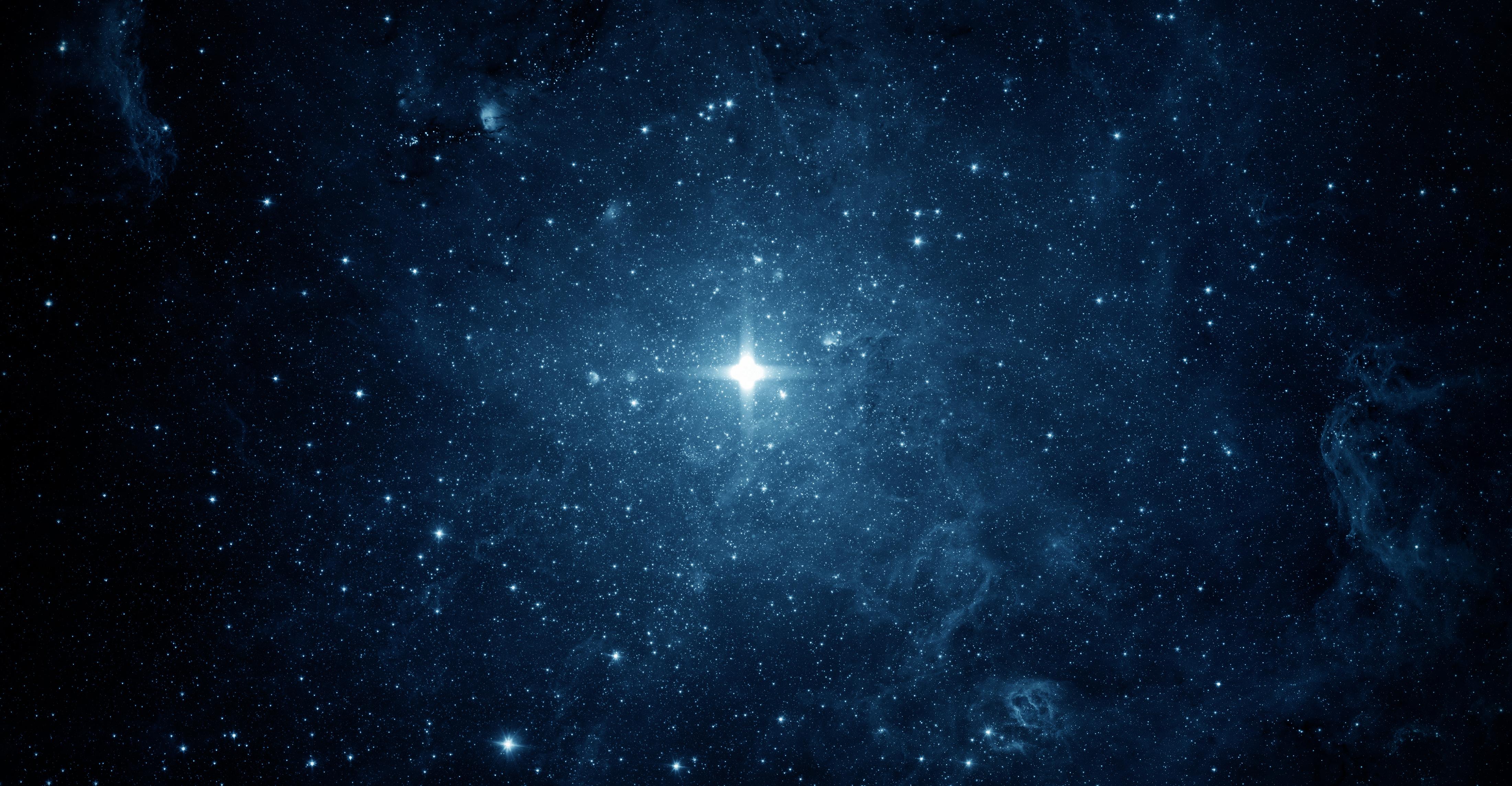 Неизвестные сигналы идут из космоса каждые 16 дней: их причина не установлена