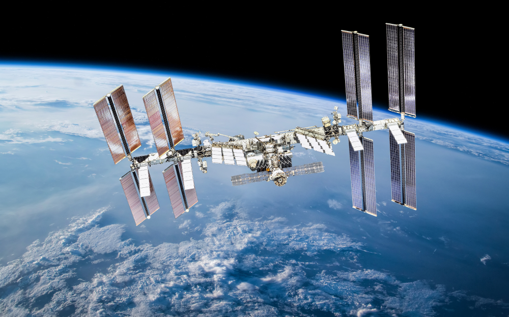 Квантовое пятое состояние вещества впервые создано в космосе на МКС