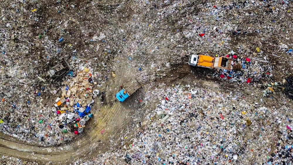 Ситуацию с мусорными полигонами «близкой к критической»