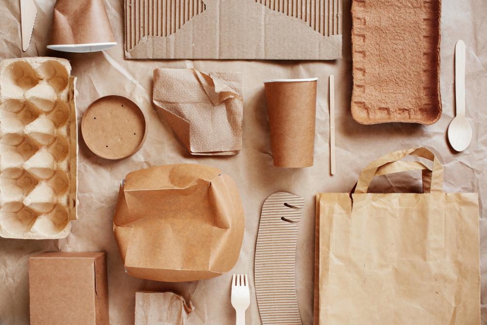 Создана посуда из сахарного тростника и бамбука, которая разлагается за 60 дней