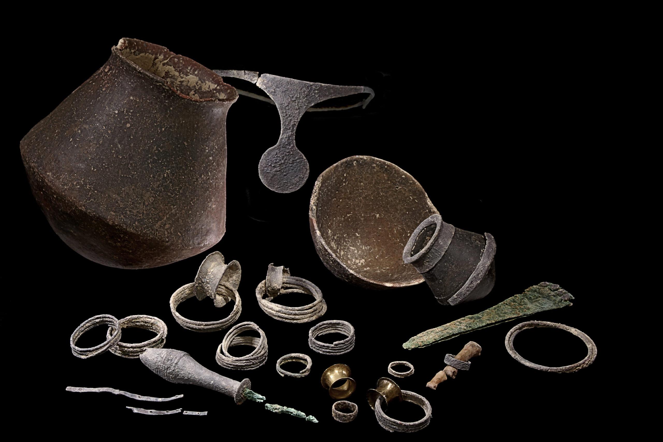 Древним обществом правили женщины, а мужчины выполняли приказы